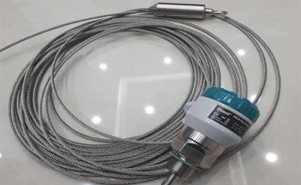 cảm biến đo mức radar dạng dây
